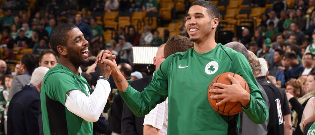 detailed look 00d11 e0c49 Kyrie Irving e Jayson Tatum representam Boston Celtics em ...